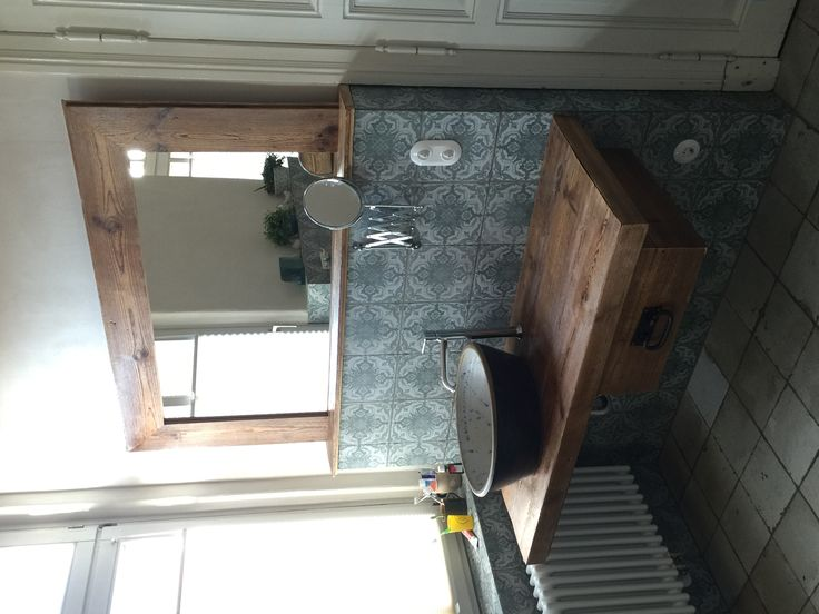 Old Wood, Nice Bathroom, Selfmade, altes Holz in neuem Glanz, hergestellt aus alten Fußbodendielen  Www.zimmerei-Ludwigslust.de