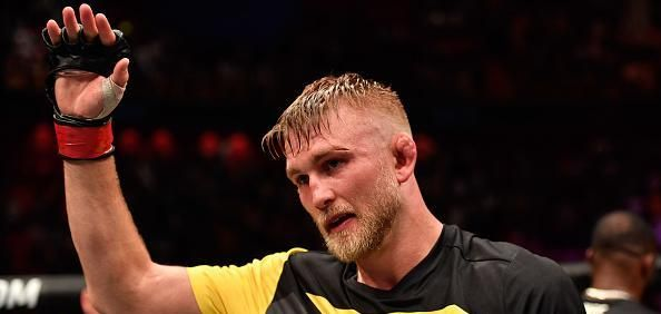 Alexander Gustafsson announced Sunday that he's still a forced to be reckoned with in the UFC light heavyweight division.  Fighting at the Ericsson Globe in his hometown of Stockholm, Sweden, Gustafsson (18-4), who has come up just short in two well-contested UFC title shots, put on a... - #Alexander, #Fight, #Glover, #Gustafsson, #KOs, #Night, #Teixeira, #TopStories