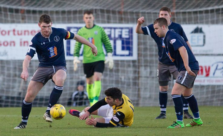 Queen's Park's Ryan McGeever in action during the Ladbrokes League One game between East Fife and Queen's Park