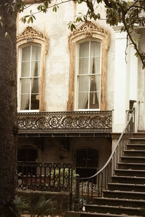 (Paris Old World beauty:) was the original title of the picture.... this is actually a house in Savannah, Ga.
