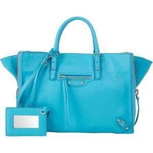 """Niebieski """"specjalnością"""" Balenciagi? ;) Prezentujemy niebieskie torebki tej marki. Zobaczcie również, jakie torebki w tym kolorze dostaniecie w Perfectto: http://www.perfectto.eu/! #balenciaga"""