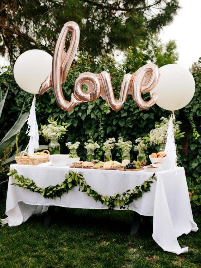 Best 25 letter balloons ideas on pinterest party for Backyard engagement party decoration ideas