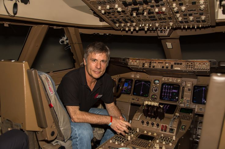 ACES HIGH: BRUCE DICKINSON COMPLETES 747 TRAINING FOR IRON MAIDEN ...
