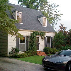 Before-and-After Home Exteriors | Colonial Williamsburg: Before | SouthernLiving.com