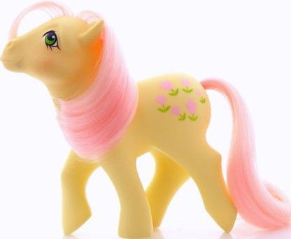 From http://sprinklepuffball.blogspot.com/2011/10/vintage-my-little-pony.html My Little Pony, Posey