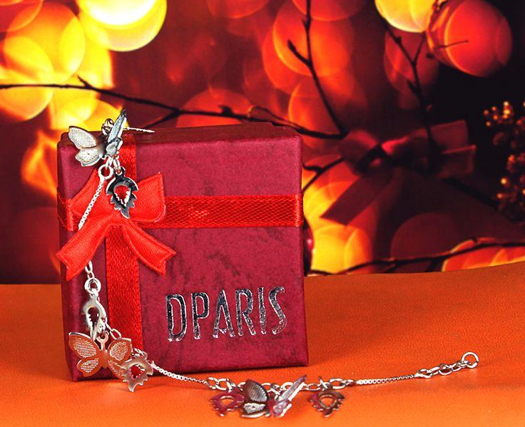 Butterfly Bracelet   GTLMN05100 Rp 228.000 Silver 925 lapis emas putih 18 karat.  DPARIS Beautify U
