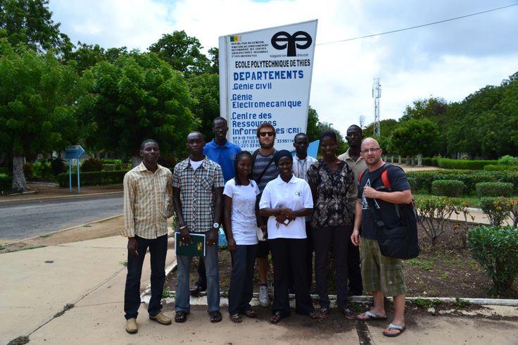 Guillaume Houle, Montréal - L'Union des groupements paysans de Méckhé (UGPM) et la Coopérative des producteurs de semences d'arachide du département de Tivaouane (COPSAT) au Sénégal ont sollicité l'aide d'ISFQ pour la création d'un séchoir à arachides. Disposant d'installations inadéquates, les pertes pouvait aller jusqu'a 50% des récoltes. Afin de mener ce projet à terme, ISFQ s'est affilié avec des partenaires sénégalais qui apportent une expertise terrain.
