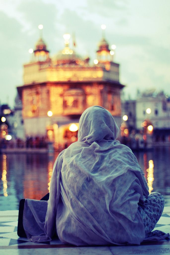 Devotee at the Golden Temple, Amritsar, India