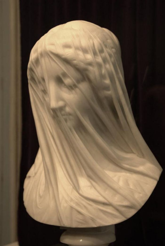 How is this even possible when carved from stone? I wish I was an artist! - Imgur