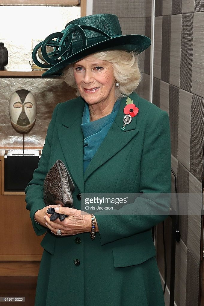 PCamilla, Duchess of Cornwall greets President of Colombia Juan Manuel Santos and his wife María Clemencia Rodríguez Múnera in their suite at the Rosewood hotel during a State visit on November 1, 2016 in London, England. (Photo by Chris Jackson - WPA Pool /Getty Images)