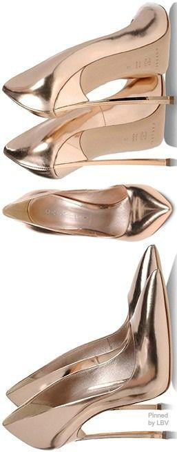 Casadei Sapato dourado espelhado