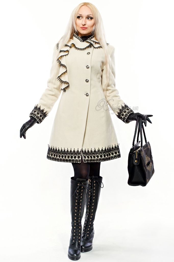 Women's Cashmere coat. Finishing of the two kinds of crocheted lace. Buttons antique. Designed by X-STYLE