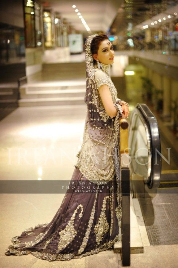 Irfan-Ahson-Pakistani-Wedding-Bridal-Outfit-214