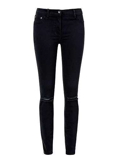 Cotton/Elastane Straight Rip Denim Jean. Neat fitting slim style features a sprayed on leg with side pockets and front fly complete with rips at knees. Available in various colours as shown.