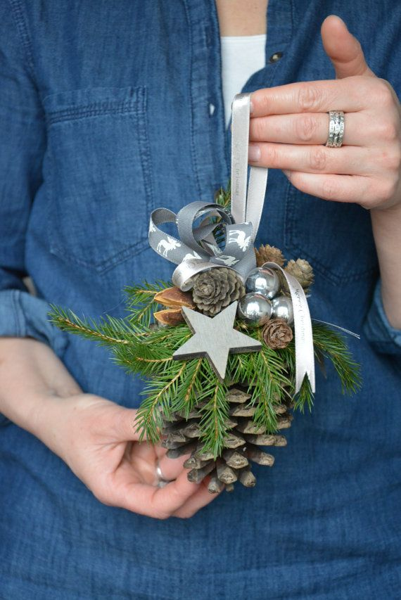 Large Pine Cone Christmas Ornament Pine Cone di FlowerinasDecor