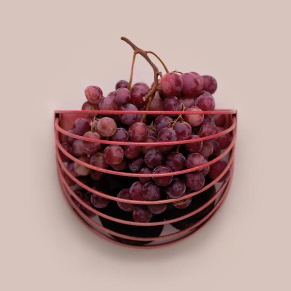 Baskette wall basket