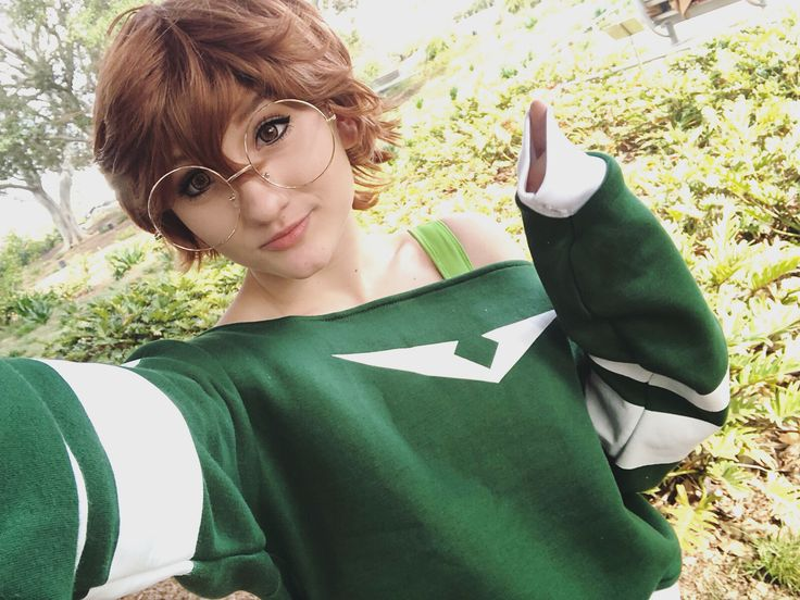 Wanna make nerdy friends in public whilst still looking cute? Hook yourself up with casual cute merch from @the_kigu_stop  - - - - - - - - - - - - #voltron #voltroncosplay #pidge #pidgegunderson #pidgecosplay #pidgegundersoncosplay #katieholtcosplay #cosplaygirl #cosplayer #cosplay #voltronlegendarydefender #voltronlegendarydefenderscosplay #vld #vldcosplay #voltronmeme #voltronmemes #cosplaymemes  #cosplaymeme #kigu #katieholt #pidgeholt #memes #voltronlegendarydefendersoftheuniverse