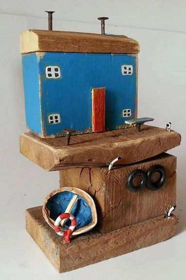 Handmade  Miniature Old fishermens houses  Substructure: 11x 8cm