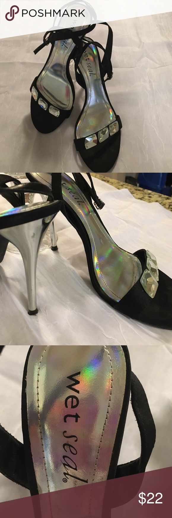 """Wet seal HOT shoes NWOT these Wet Seal shoes are hot hot hot, black fabric w rhinestones across the toes, the heal is silver metal. The heal measures 4"""". Wet Seal Shoes"""