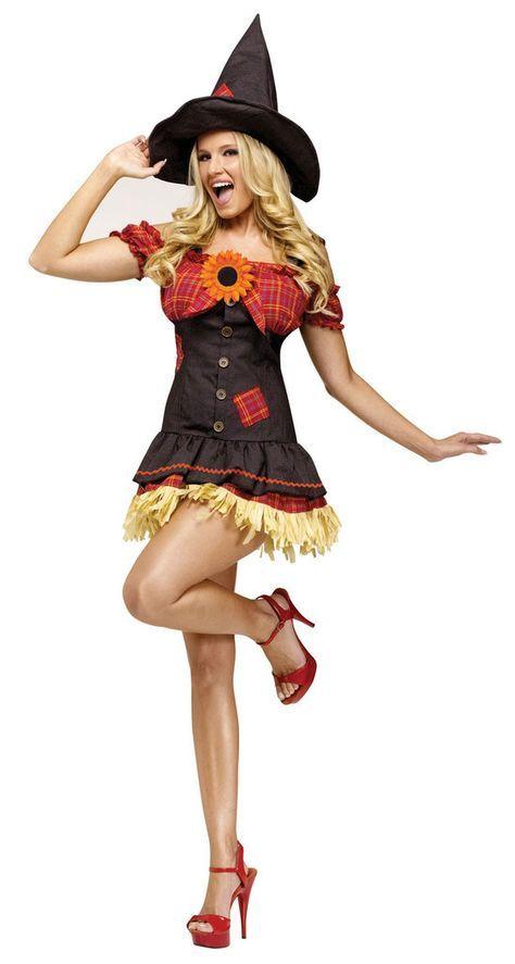 Fashion week Halloween Chic women costume ideas: scarecrow for woman