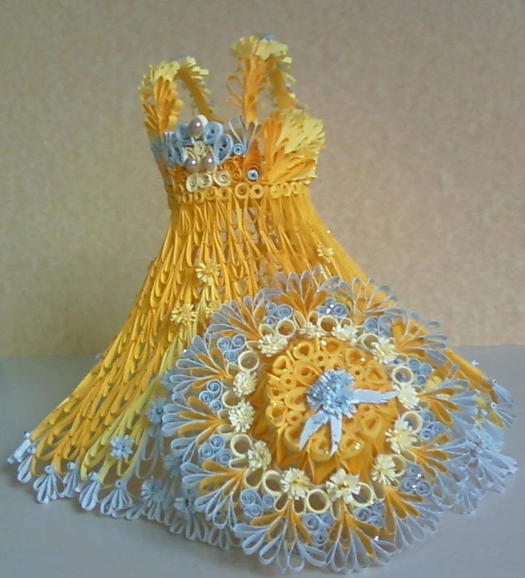 quilled dress and hat
