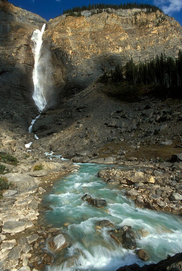 ✮ Takaka Waterfall, British Columbia, Canada