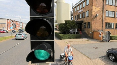 Gemeinsame Leitstelle mit Helmstedt kurz vor dem Start (Wolfsburger Nachrichten, 28.08.2012): Bei der Feuerwehr stehen die Zeichen auf Grün. Ab September soll die neue Leitstelle auch Einsätze in Helmstedt koordinieren. (Foto: regios24/Mottl)