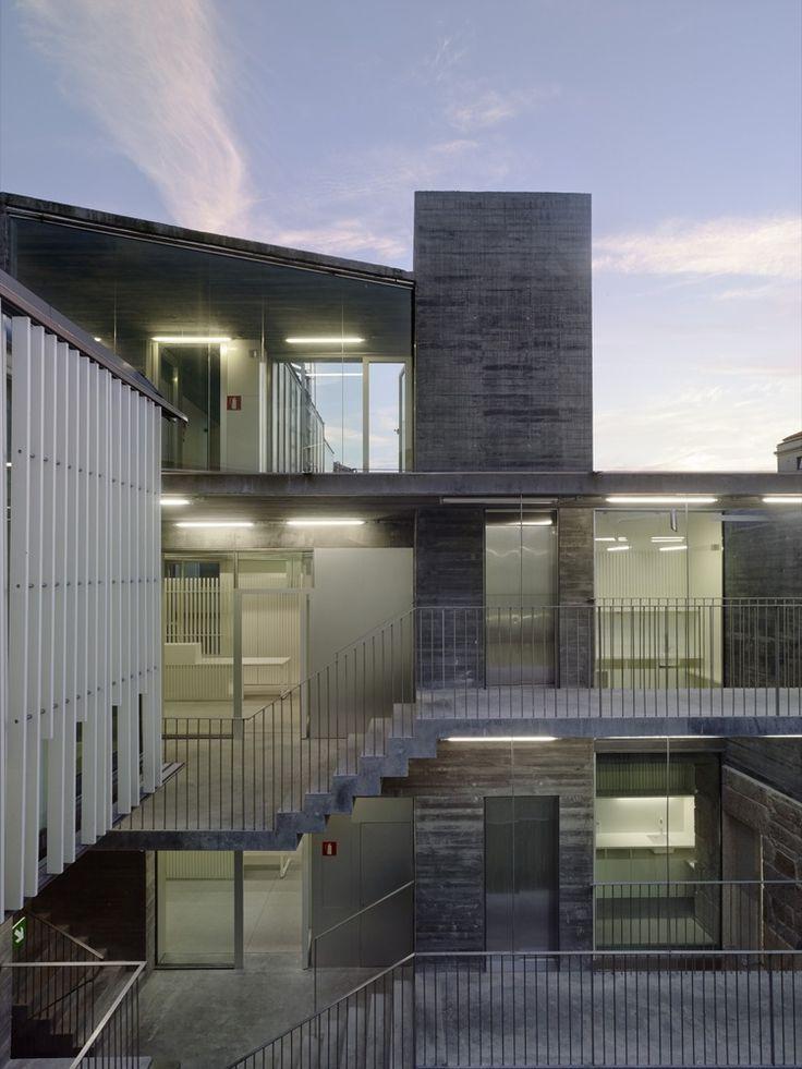 Galería de Rehabilitación Sede de los Registros de la Propiedad en Vigo / Irisarri + Piñera - 17