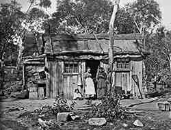 Early Settlers cottage in Lithgow Valley, NSW in 1885. v@e