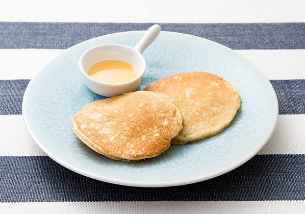 マツコの知らない世界「パンケーキ」特集で取り上げられたパンケーキについてご紹介します♪ 紹介してくれるのは大学講師の富山由紀子さんです!  全国で買えるホットケーキミックス&シロップはこれ! みさを大豆のホットケーキミックス 熊本の高校生が作った大豆粉をつかったホットケーキミックスです。 熊本農業高校の高校生がつくったそうです。 大豆の香りが感じられるホットケーキだそうで、マツコさんも絶賛していました! 普通の小麦粉のホットケーキとは味が明らかに違うそうです。 ↓大豆粉入りミックスならこういうのがあります。 低糖質 糖質オフホットケーキミックス 1kg カロリー50%オフで大豆粉入り!パンケーキにもposted with カエレバ エスアンドエスフーズ Amazon楽天市場 soico(ソイコ)大豆&チアシードのパンケーキミックス(200g)posted with カエレバ 株式会社ビーンズ Amazon楽天市場 ちょっと豆知識 ふっくら焼きたいときは大さじ1のマヨネーズを入れるといいそうです! フライパンで焼くのが嫌な人は、炊飯器にいれて普通炊きすると簡単にできます。…