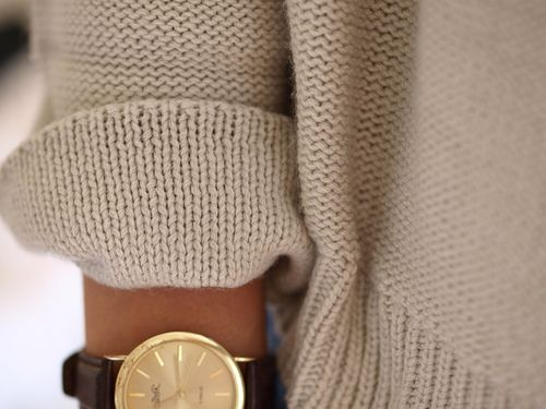 : Street Fashion, Fashion Watches, Leather Watches, Sweaters Weather, Gold Watches, Cozy Sweaters, Knits Sweaters, Chunky Knits, Men Watches