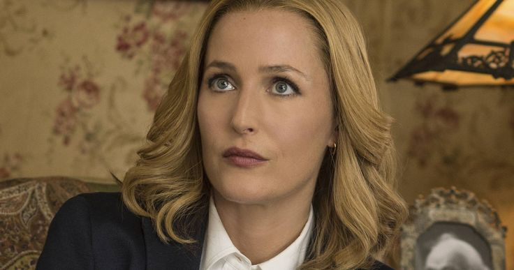 2-Part 'X-Files' Trailer Debuts This Monday on Fox -- Fans will get a new look at the highly-anticipated 'X-Files' revival with a two-part trailer airing during both 'Gotham' and 'Minority Report'. -- http://tvweb.com/news/x-files-trailer-2016-premiere-date/