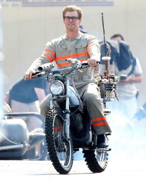 Even when Ghostbusters tried to make him look nerdy, Chris Hemsworth still remains incredibly handsome