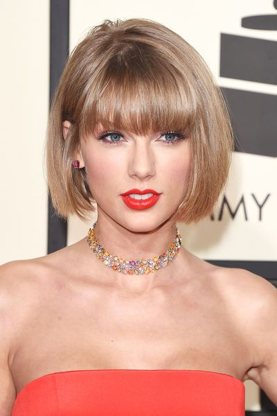 Taylor Swift mit Bob #Grammys #taylorswift #kurzhaafrisuren II Foto © Getty Images