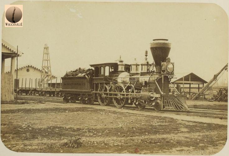 La imagen nos muestra la Locomotora que realizaba el trayecto Santiago-Rancagua-Santiago, de la Compañía de Ferrocarriles / Fecha:1860