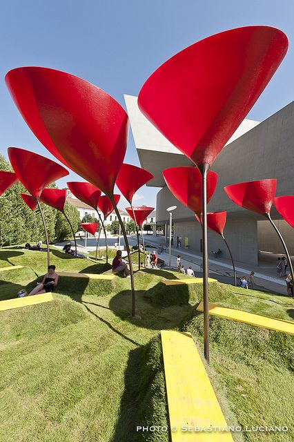 Manhattan Beach Post / SFJones Architects  – ArchDaily