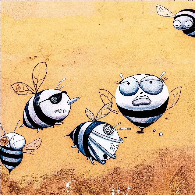 Bees from Greece. Corfu. Greece. Вот такие они греческие пчёлы. Фотография сделана на о.Корфу (Греция). #bee #graffiti #streetart #графити #пчела