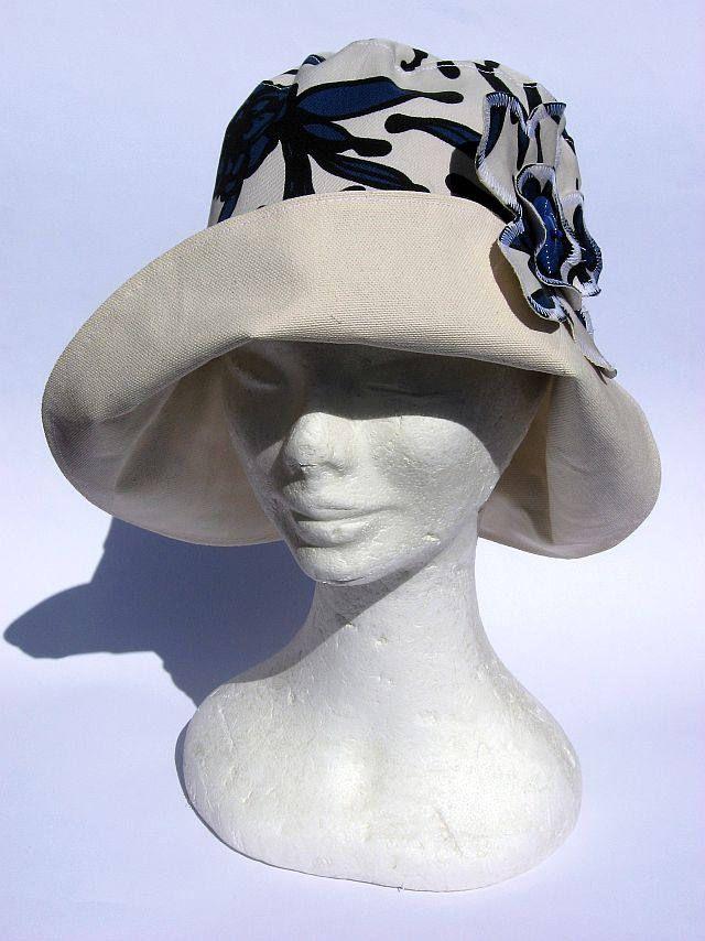 cappello donna, elegante, feminile, falda larga, primaverile estivo,fatto a mano, bianco blu fiori, womens summer hat , chapeau femme soleil di Janecolori su Etsy