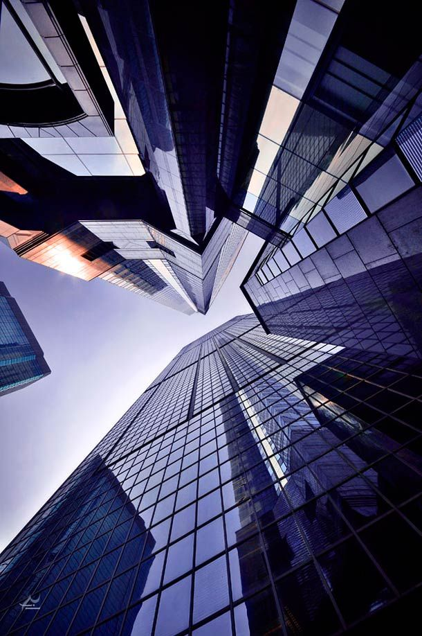 """""""Vertical Horizon"""" or the beautiful cityscapes of Hong Kong photographed by Romain Jacquet-Lagrèze"""