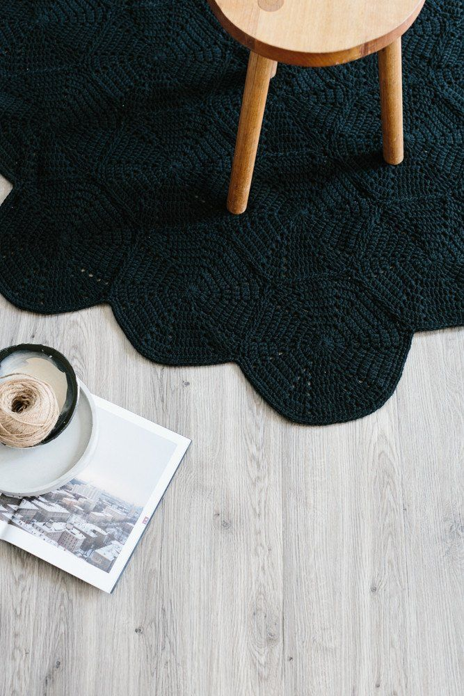 scallop floor rug (miann & co)