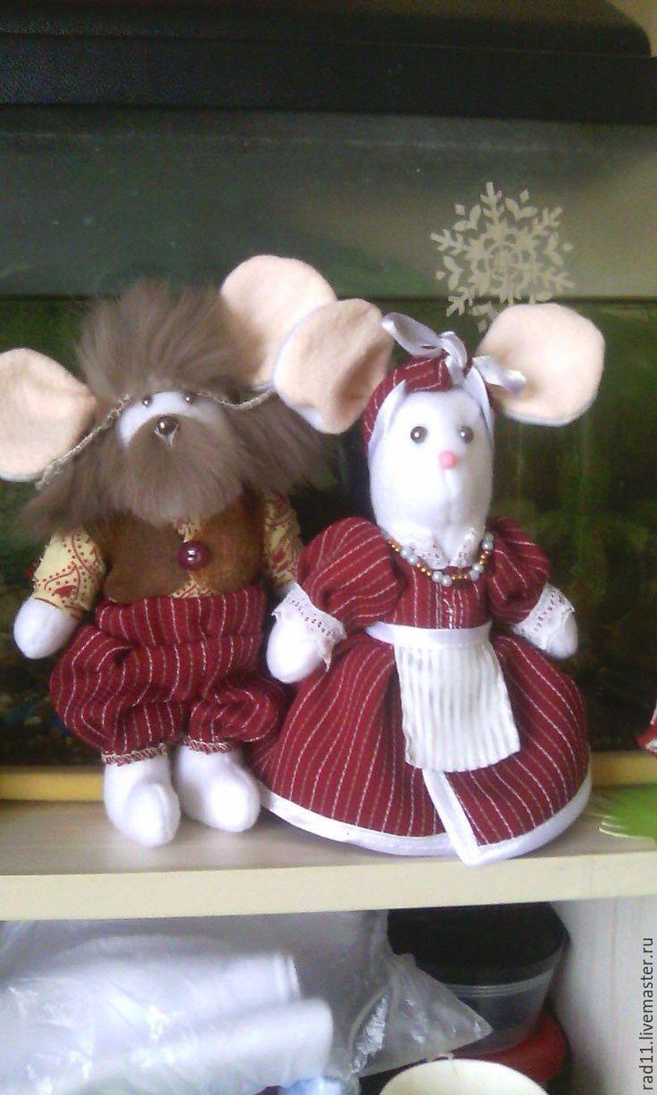 Купить Дедушка и бабушка. Мышки. - белый, серый, мышь, игрушки, шить мышь, мышка, бабушка