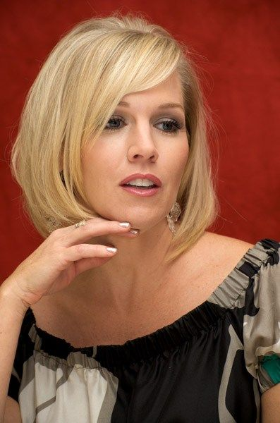 best 25 jennie garth ideas on pinterest short bob with