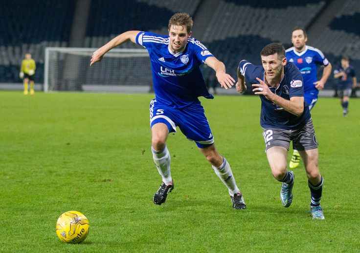 Peterhead's Fiacre Kelleher in action during the Ladbrokes League One game between Queen's Park and Peterhead