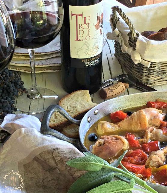 Briciole di Sapori: Pollo con peperoni e olive nere. La ricetta dell'e...