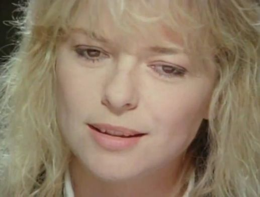 """France Gall : """"Evidemment""""   http://youtu.be/dMCF59X3S0s"""