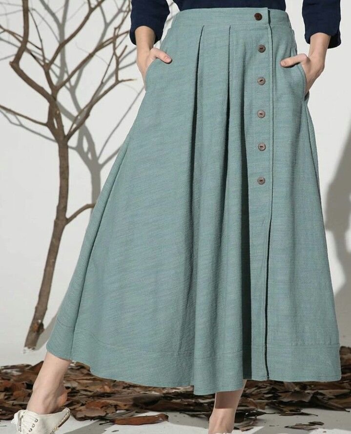 side button poly skirt