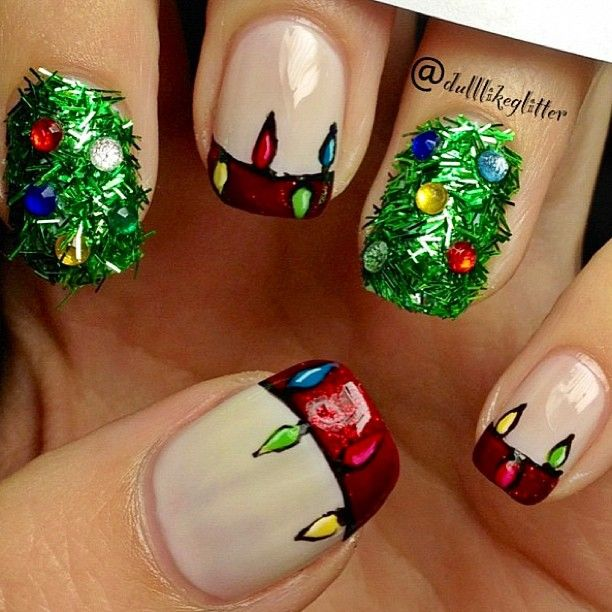 Christmas Glitter Tree and Lights Nails