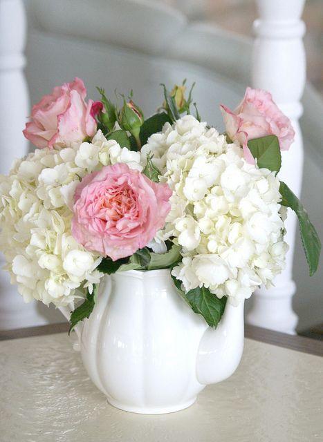 Centerpieces - Victorian Tea Parties. - Teapot, Hydrangeas and Pink Garden Roses.
