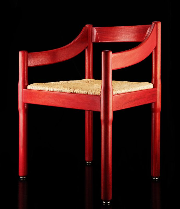 Carimate Chair designed by Vico Magistretti in 1959 and produced by Cassina | WikiCommons