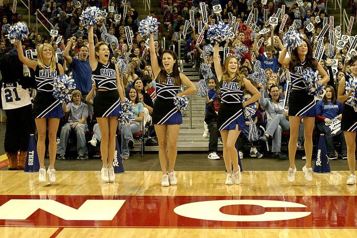 Tree Hill Ravens cheerleaders at the championship in season 4. #OneTreeHill